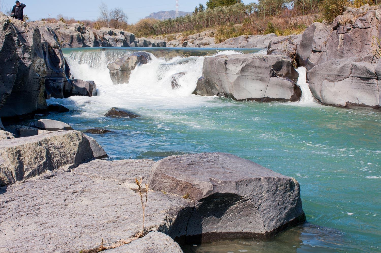 parco-fluviale-alcantara_acqua-limpida