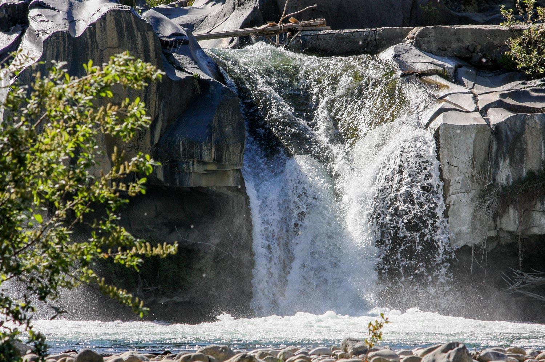 parco-fluviale-alcantara_cascata-passerella-francavilla