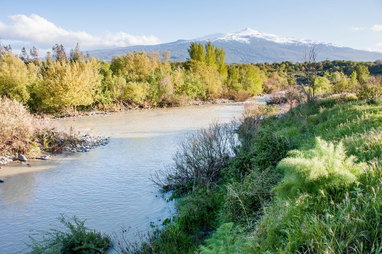 parco-fluviale-alcantara_fiume-e-etna