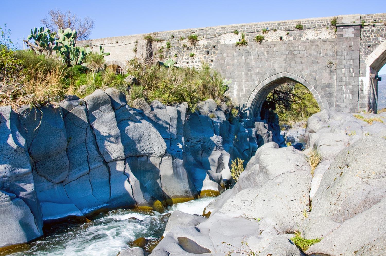 parco-fluviale-alcantara_ponte-arabo-san-nicola